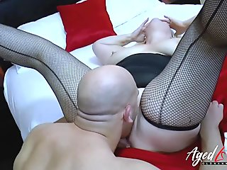 AgedLovE Handy Guy Seduced by Mature