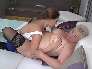Big mature moms fuck young daughters