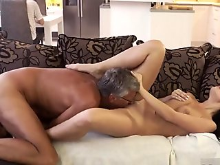 Babysitter fucks daddy of the house What would you prefer - computer or