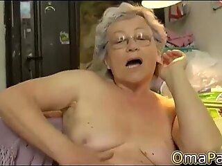 OmaPasS Naked Grandma Showoff Hairy Footage