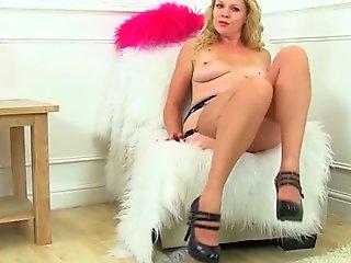 British milf Abi finger fucks her shaven fanny