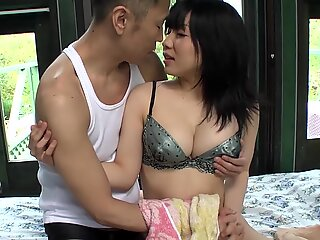 Uncensored pale Japanese AV star Airi Minami